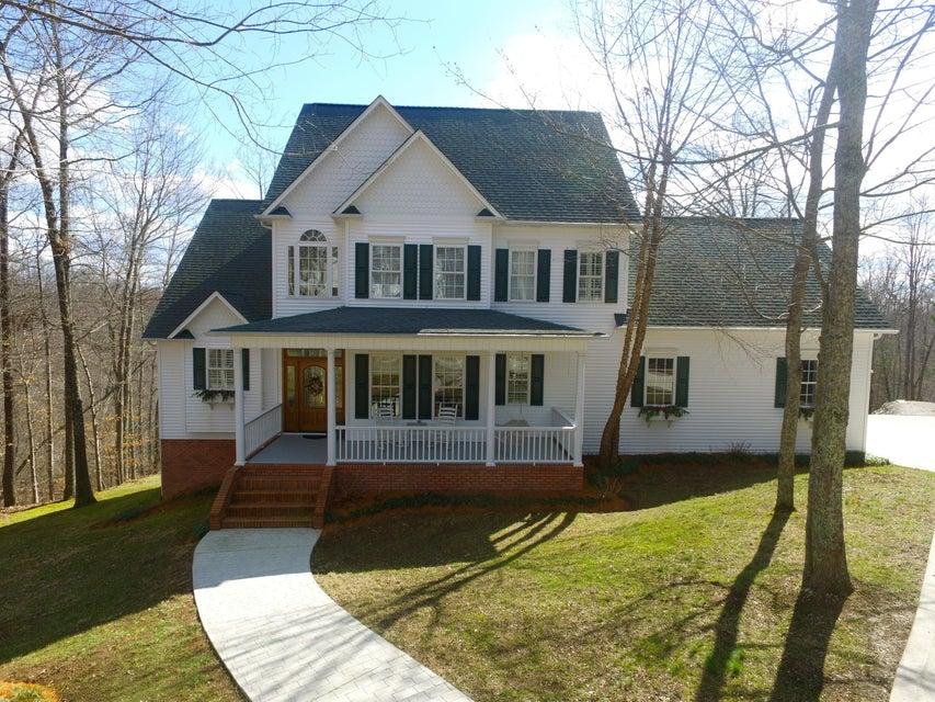 独户住宅 为 销售 在 109 Foxfire Lane Lake City, 田纳西州 37769 美国