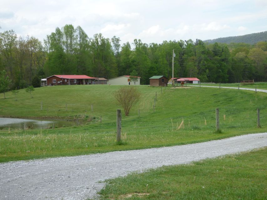 Single Family Home for Sale at 1597 Camp Austin Road Oakdale, Tennessee 37829 United States
