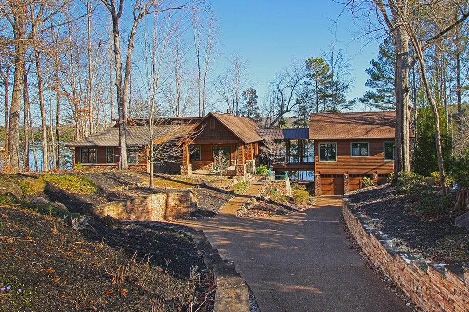 Частный односемейный дом для того Продажа на 214 Dudala Way Loudon, Теннесси 37774 Соединенные Штаты
