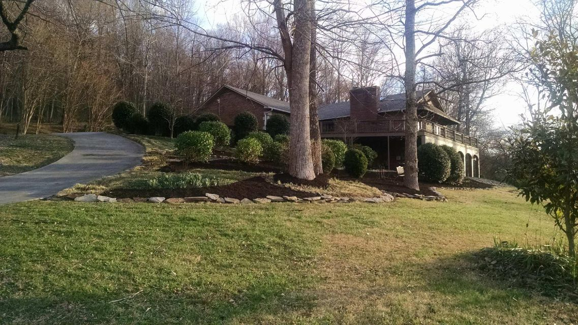 Single Family Home for Sale at 410 Highway 307 410 Highway 307 Athens, Tennessee 37303 United States