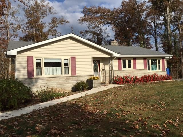 Single Family Home for Sale at 368 Yonside Drive Pleasant Hill, Tennessee 38578 United States