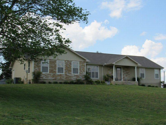 Casa Unifamiliar por un Venta en 107 Darkey Springs Road Road Walling, Tennessee 38587 Estados Unidos