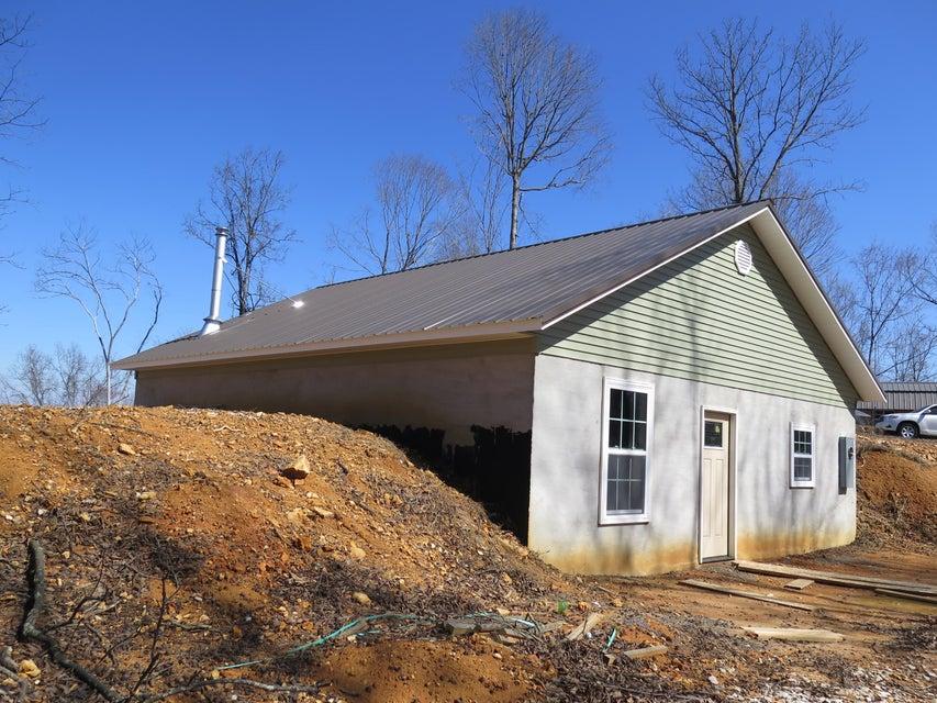 Частный односемейный дом для того Продажа на 460 Turkey Town Road Hilham, Теннесси 38568 Соединенные Штаты