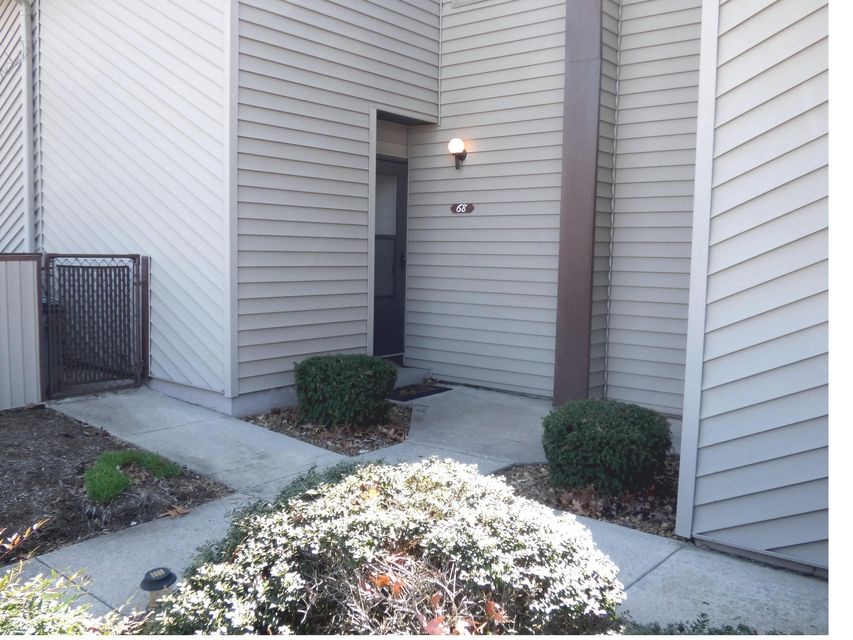 Condominium for Sale at 10 Lakeshore Terrace 10 Lakeshore Terrace Fairfield Glade, Tennessee 38558 United States