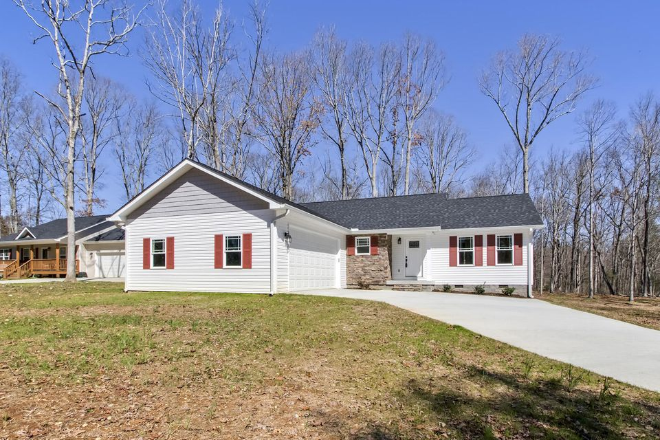 Single Family Home for Sale at 182 County Road 147 Riceville, Tennessee 37370 United States