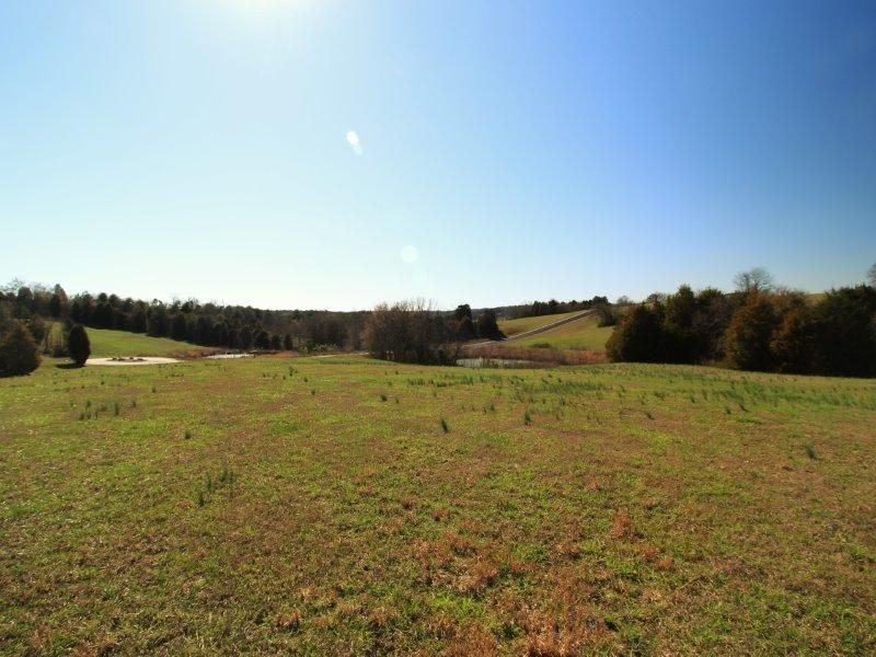 Additional photo for property listing at 34 Thunder Ridge Drive 34 Thunder Ridge Drive Vonore, Tennessee 37885 Estados Unidos
