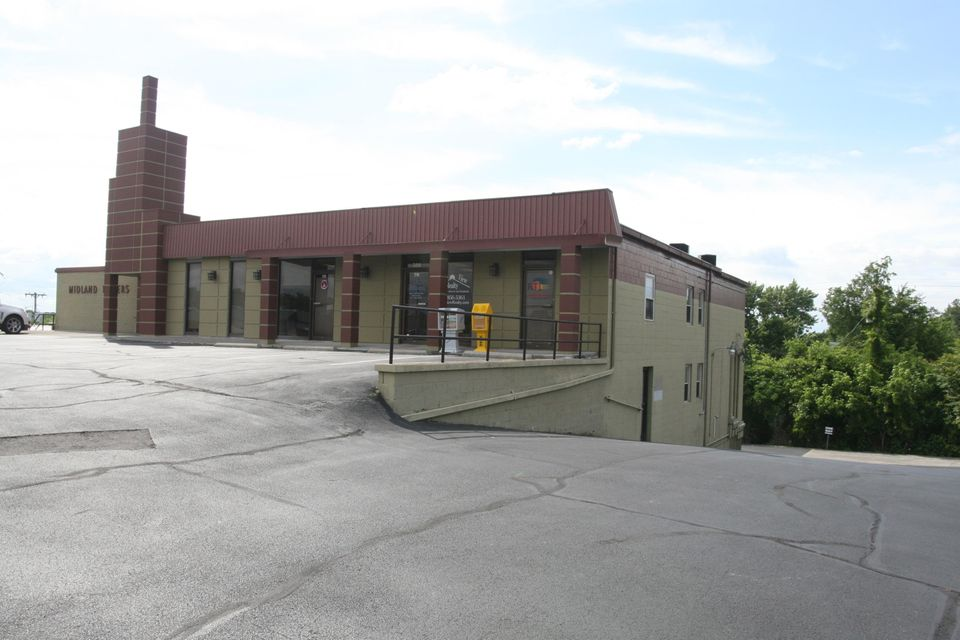 Commercial for Sale at 356 Sanderson Street Alcoa, Tennessee 37701 United States