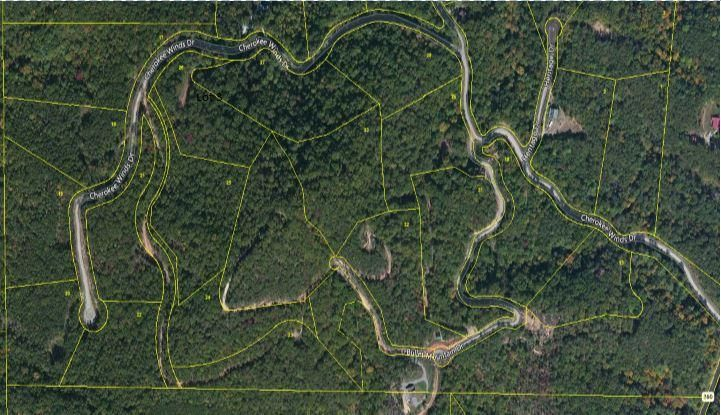 Additional photo for property listing at Lot 17 Cherokee Winds Drive Lot 17 Cherokee Winds Drive Tellico Plains, Tennessee 37385 États-Unis
