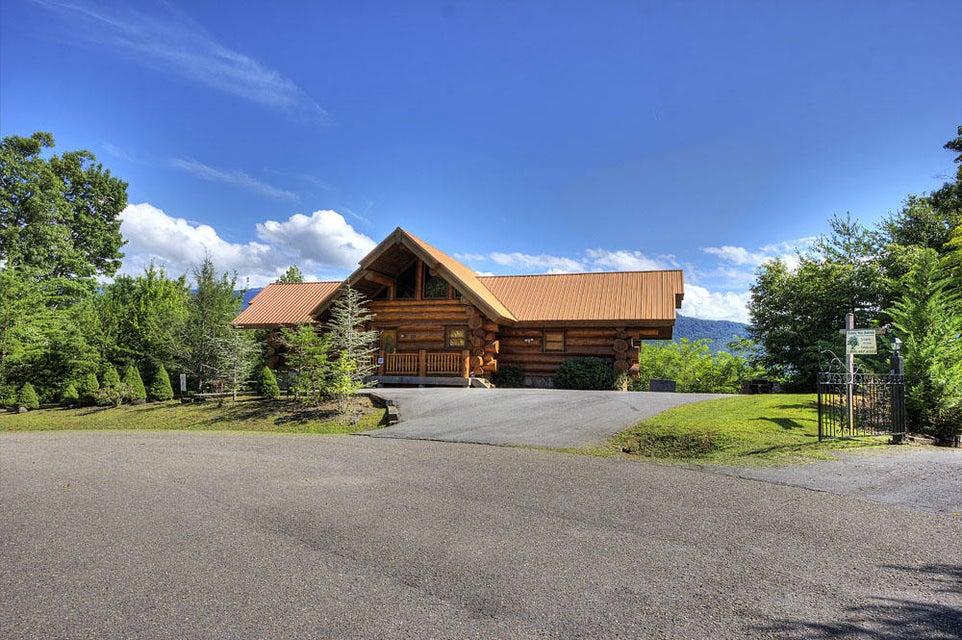 Частный односемейный дом для того Продажа на 431 Coyote Road 431 Coyote Road Gatlinburg, Теннесси 37738 Соединенные Штаты