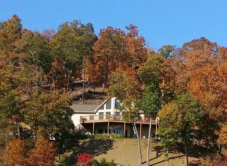 Maison unifamiliale pour l Vente à 140 Lookout Point Sharps Chapel, Tennessee 37866 États-Unis
