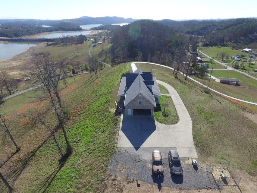 Maison unifamiliale pour l Vente à 452 Rocky Summit Road Road Bean Station, Tennessee 37708 États-Unis