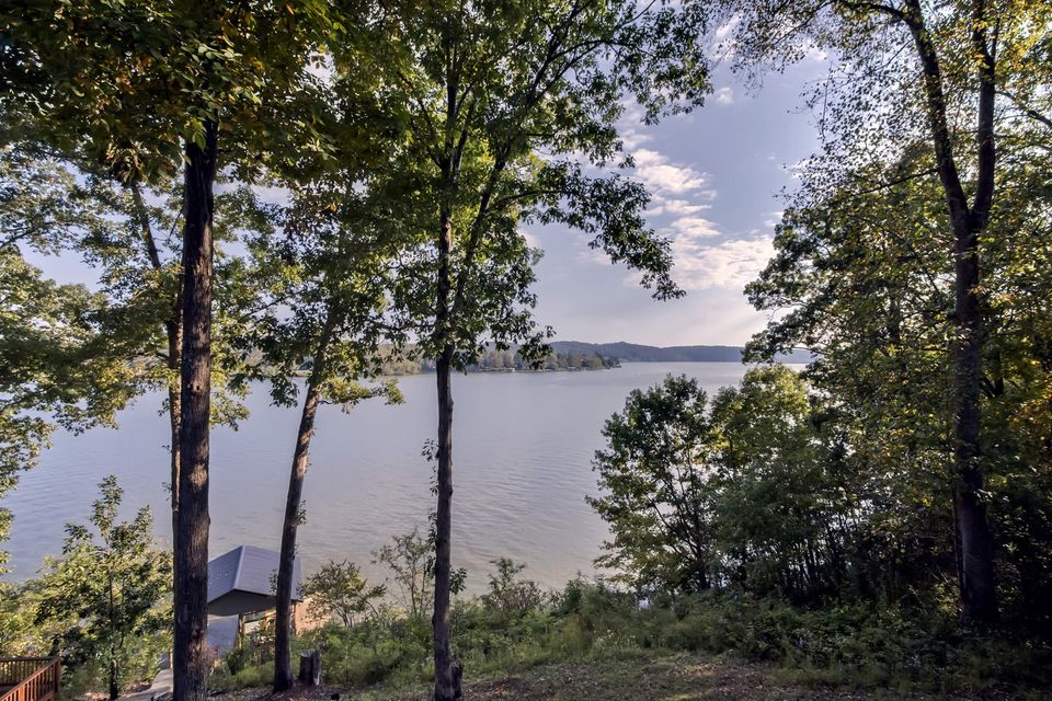 Additional photo for property listing at 118 West Cliff Point 118 West Cliff Point Harriman, Tennessee 37748 Estados Unidos