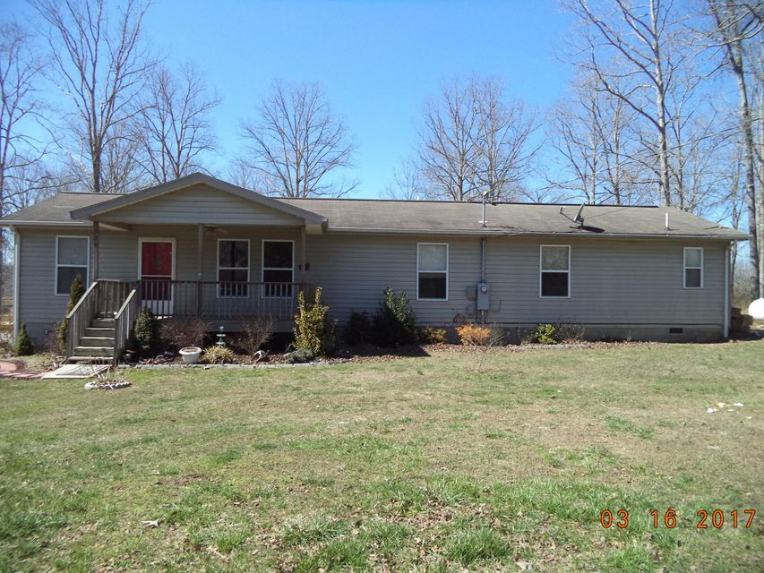 Single Family Home for Sale at 225 Reagan Lane Robbins, Tennessee 37852 United States