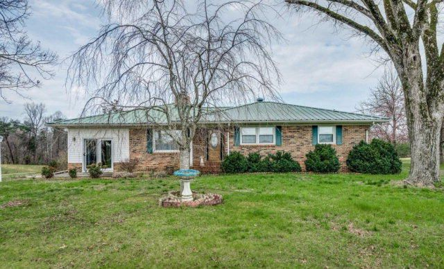 Single Family Home for Sale at Address Not Available Quebeck, Tennessee 37579 United States