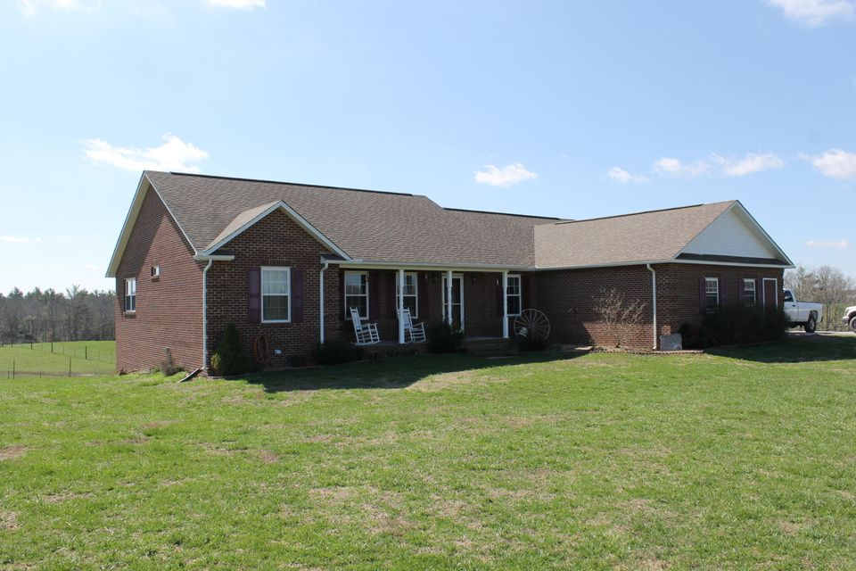 Single Family Home for Sale at 3848 Rugby Pike Allardt, Tennessee 38504 United States