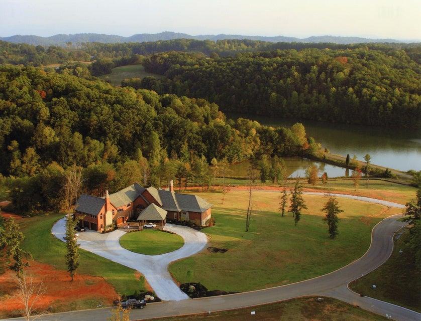 Casa Unifamiliar por un Venta en 700 Summit Hill Drive Greenback, Tennessee 37742 Estados Unidos
