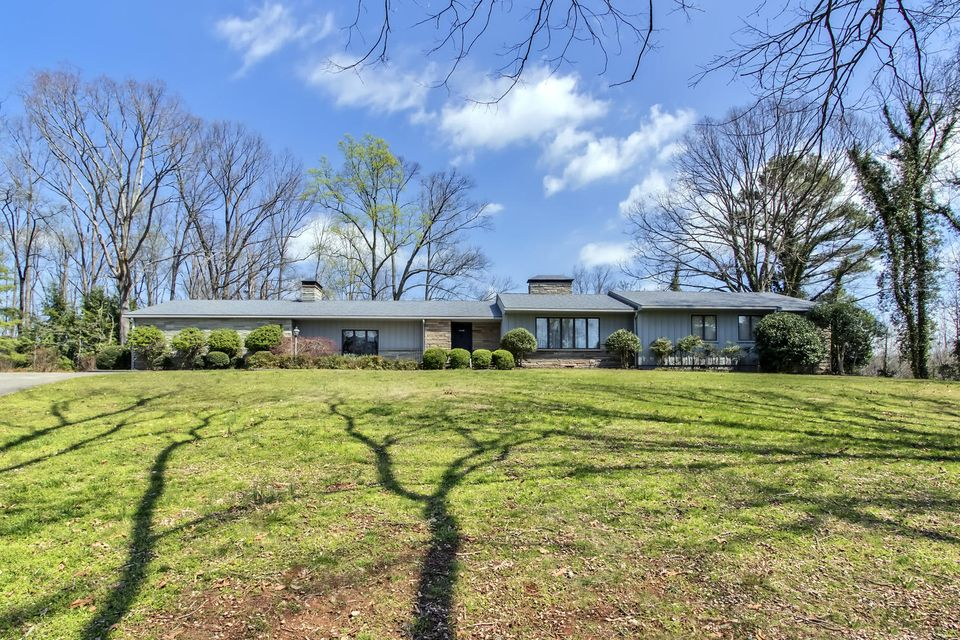 Single Family Home for Sale at 327 County Road 442 Athens, Tennessee 37303 United States