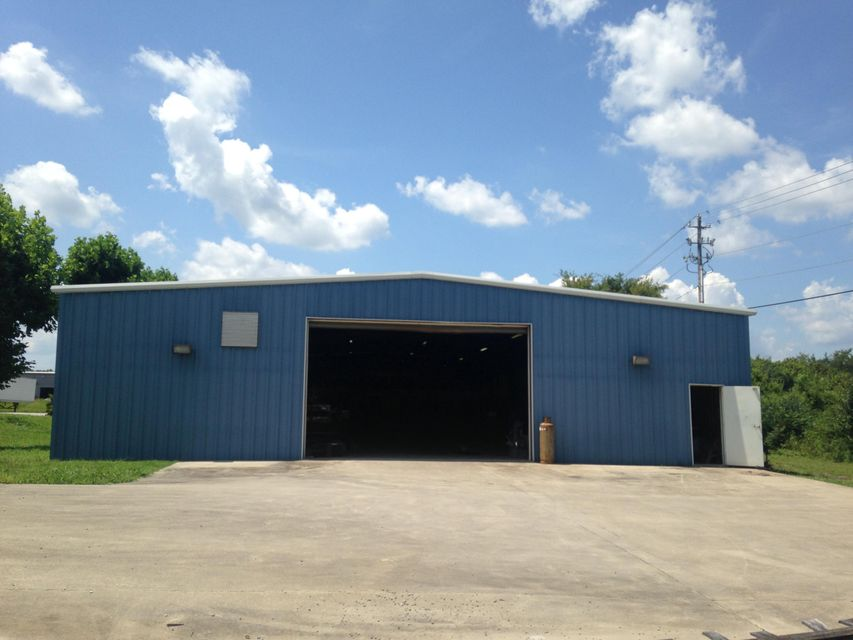 Commercial for Sale at 2539 Northridge Drive Athens, Tennessee 37303 United States