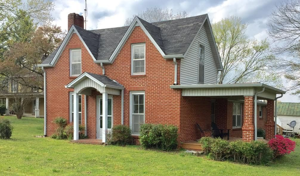 Single Family Home for Sale at 205 Clover Streetreet Street Granville, Tennessee 38564 United States