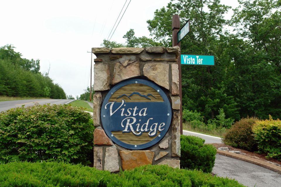 Single Family Home for Sale at 30 Vista Terrace 30 Vista Terrace Fairfield Glade, Tennessee 38558 United States