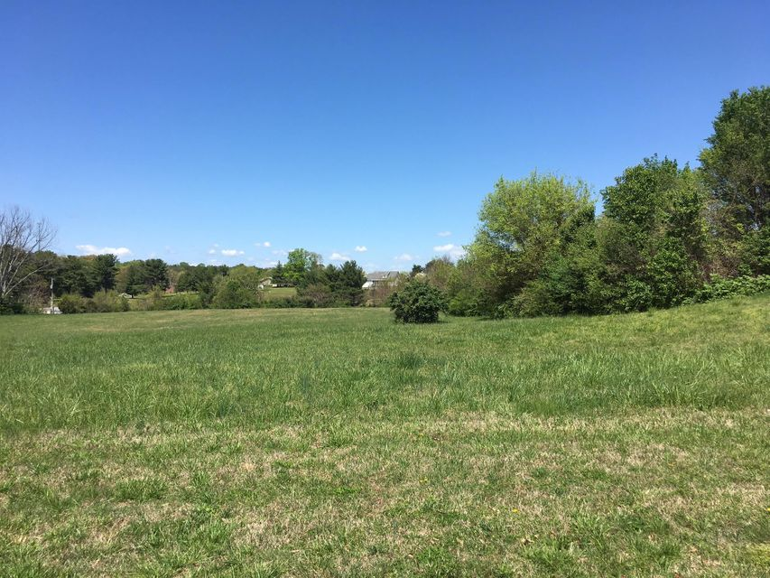 Commercial for Sale at 114 Dotson Memorial Road 114 Dotson Memorial Road Maryville, Tennessee 37801 United States