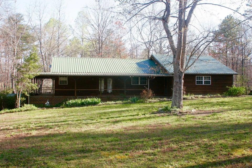 Casa Unifamiliar por un Venta en 984 Kilby Road Clarkrange, Tennessee 38553 Estados Unidos