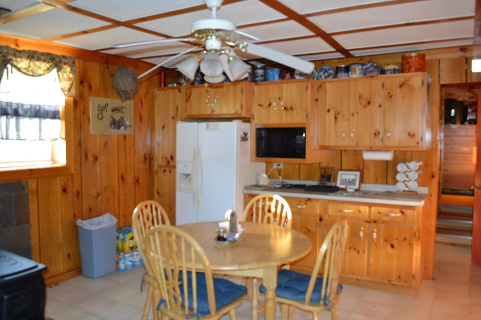Additional photo for property listing at 503 Old Genesis Road  Crossville, Tennessee 38571 États-Unis