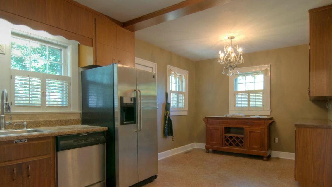 Additional photo for property listing at 808 Mountain View Avenue  Maryville, Tennessee 37803 États-Unis