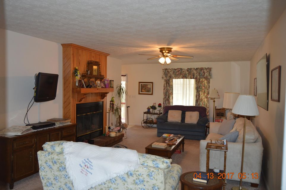 Additional photo for property listing at 1046 Pine Ridge  Clarkrange, Tennessee 38553 États-Unis