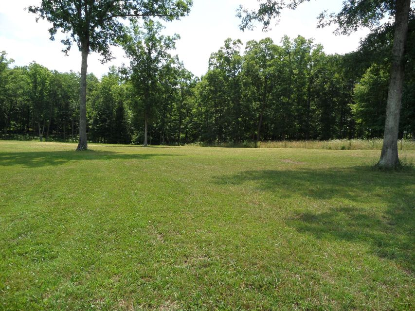 Additional photo for property listing at 656 Marion Overstreet Road  Grimsley, Tennessee 38565 United States
