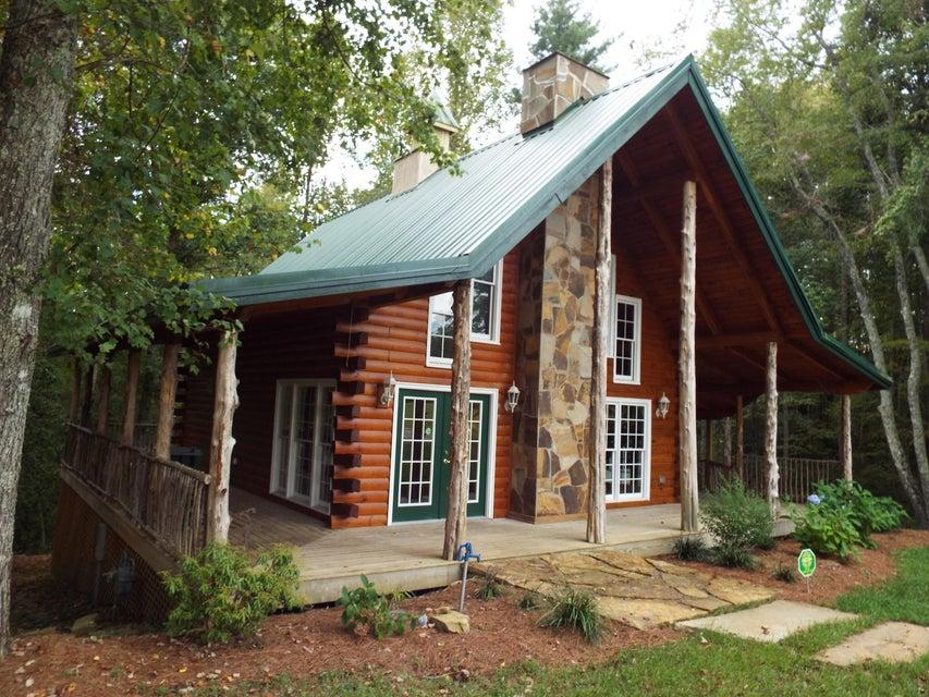 Casa Unifamiliar por un Venta en 703 Burrville Road Sunbright, Tennessee 37872 Estados Unidos