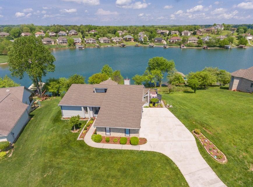 Частный односемейный дом для того Продажа на 131 Oostagala Drive Loudon, Теннесси 37774 Соединенные Штаты
