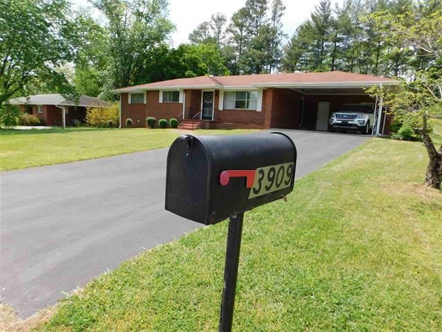 Single Family Home for Sale at 3909 Robbinsdale Lane Chattanooga, Tennessee 37415 United States