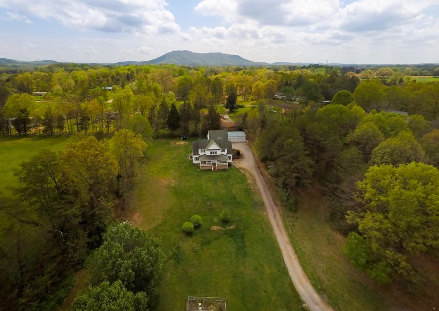 Single Family Home for Sale at 7987 Longmire Road Luttrell, Tennessee 37779 United States