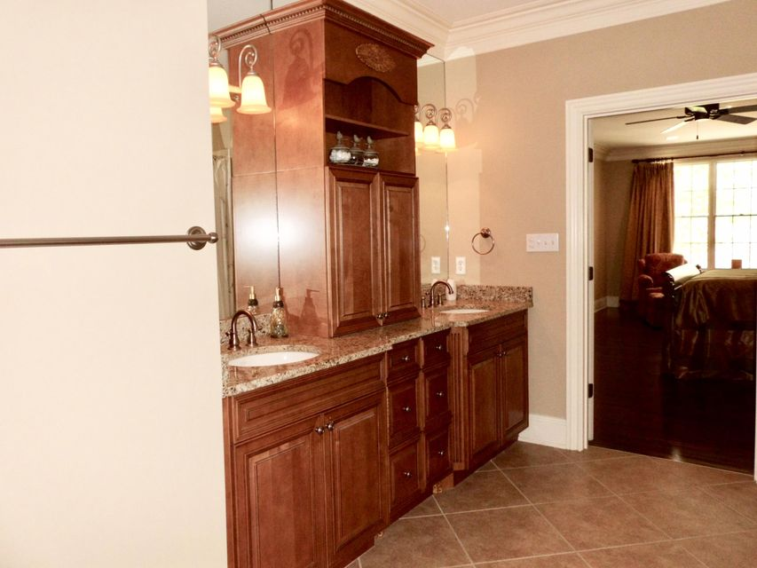 Additional photo for property listing at 1006 Northbridge Close  Kingston, Теннесси 37763 Соединенные Штаты