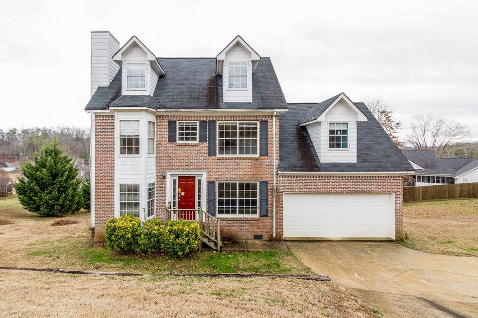 Частный односемейный дом для того Продажа на 5646 Hyacinth Lane Ooltewah, Теннесси 37363 Соединенные Штаты