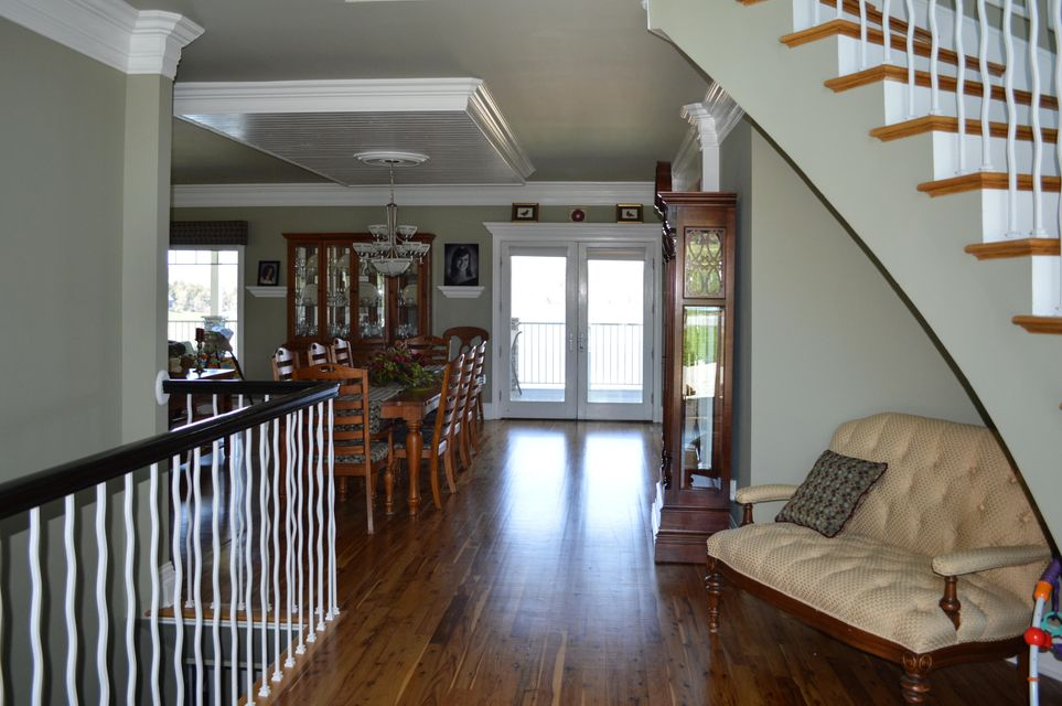 Additional photo for property listing at 300 Brittney Lane 300 Brittney Lane Sharps Chapel, Tennessee 37866 États-Unis
