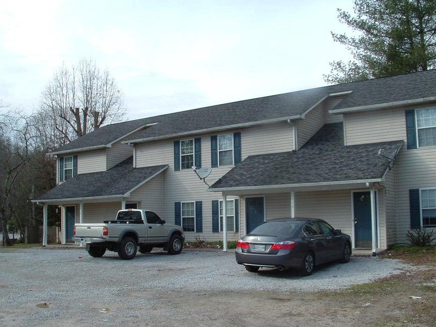 Maison avec plusieurs logements pour l Vente à 189 Old Patton Lane 189 Old Patton Lane Harriman, Tennessee 37748 États-Unis