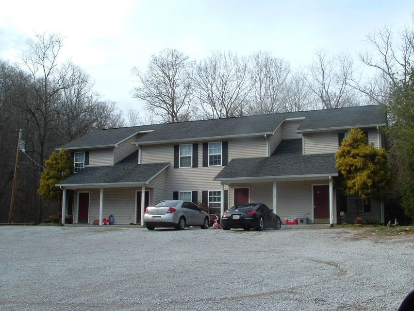 Casa Multifamiliar por un Venta en 165 Old Patton Lane 165 Old Patton Lane Harriman, Tennessee 37748 Estados Unidos