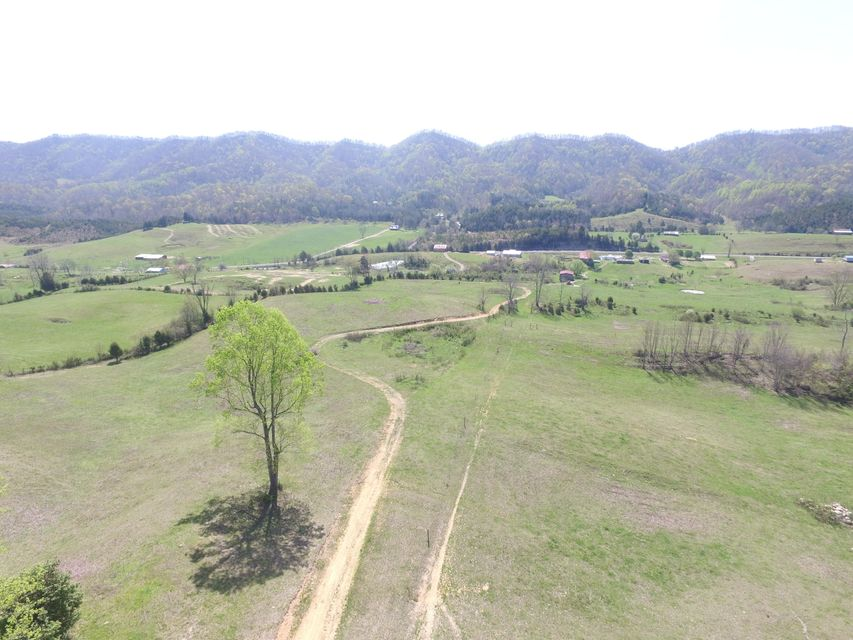 Single Family Home for Sale at 1438 Clinch Valley Road Sneedville, Tennessee 37869 United States