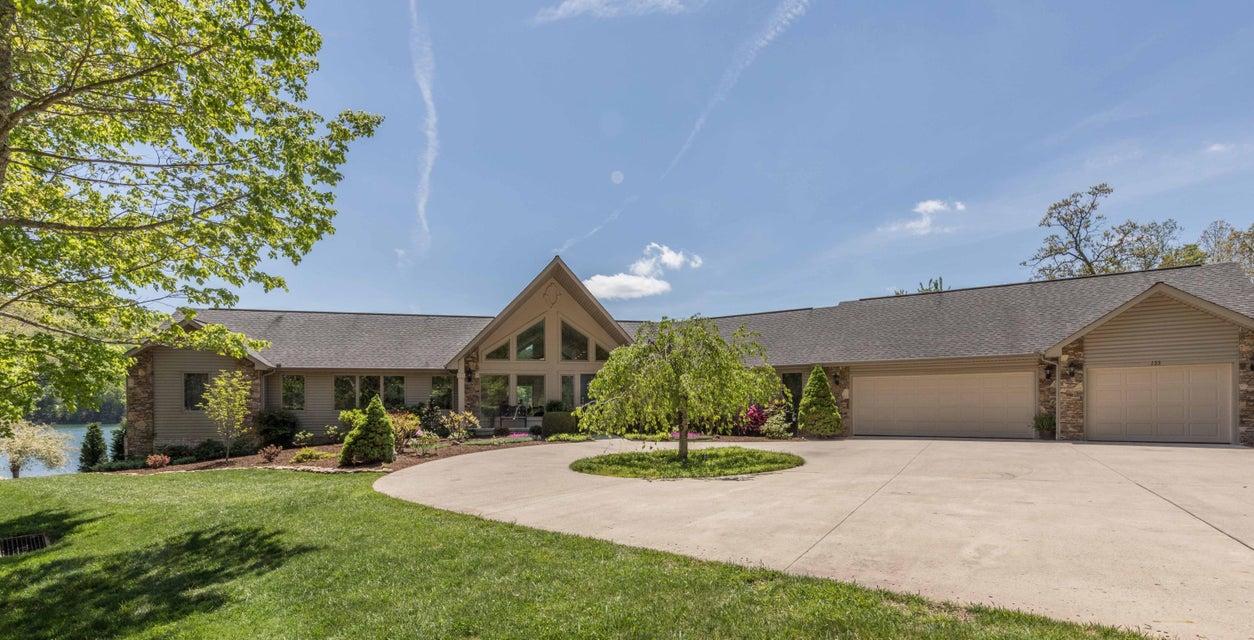 Casa Unifamiliar por un Venta en 133 Mariners Drive Fairfield Glade, Tennessee 38558 Estados Unidos