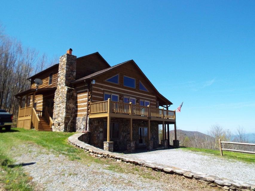Maison unifamiliale pour l Vente à 2975 Round Mountain Road Del Rio, Tennessee 37727 États-Unis