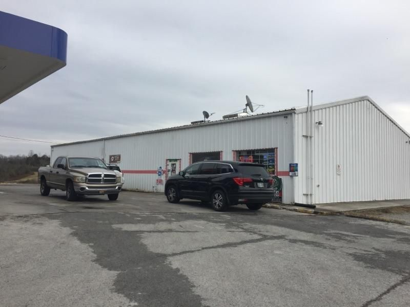 Commercial for Sale at 9145 Highway 63 Speedwell, Tennessee 37870 United States
