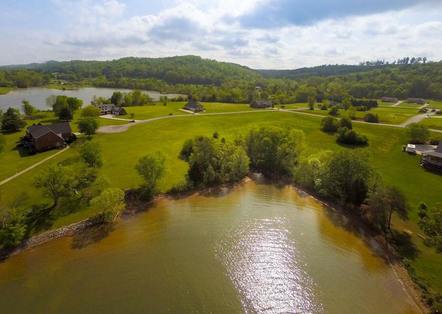 Additional photo for property listing at Vista Pointe Drive Vista Pointe Drive Kingston, Tennessee 37763 États-Unis