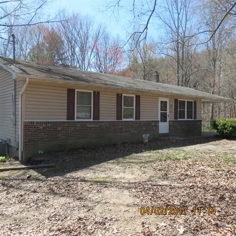 Single Family Home for Sale at 236 Crab Orchard Cem Road Oakdale, Tennessee 37829 United States