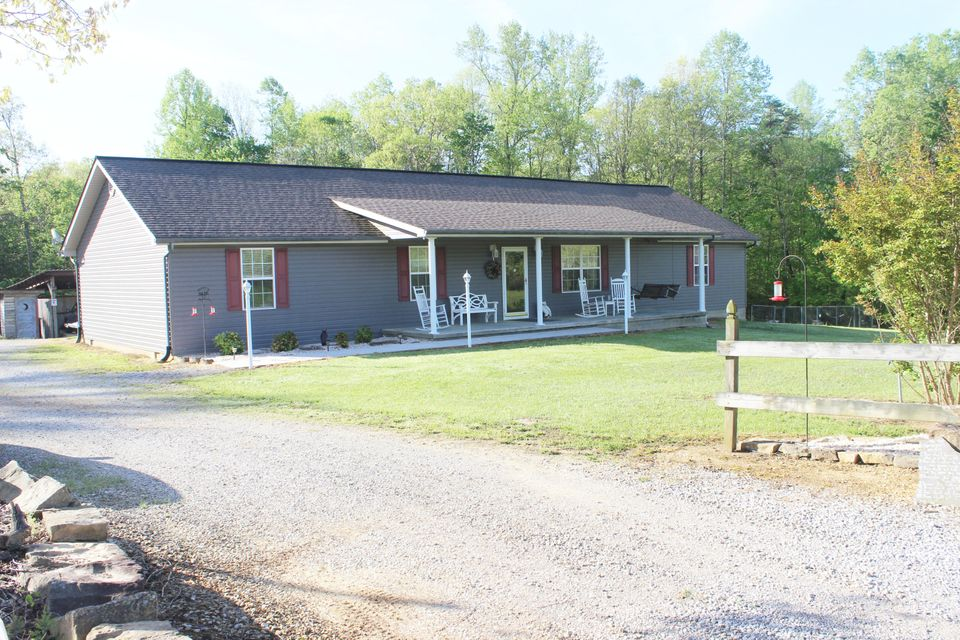 Single Family Home for Sale at 2275 Ditney Tr Pioneer, Tennessee 37847 United States