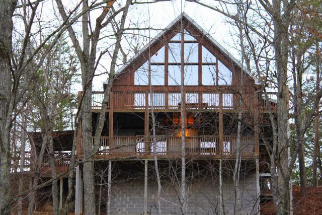 Частный односемейный дом для того Продажа на 902 Ski View Lane 902 Ski View Lane Sevierville, Теннесси 37876 Соединенные Штаты