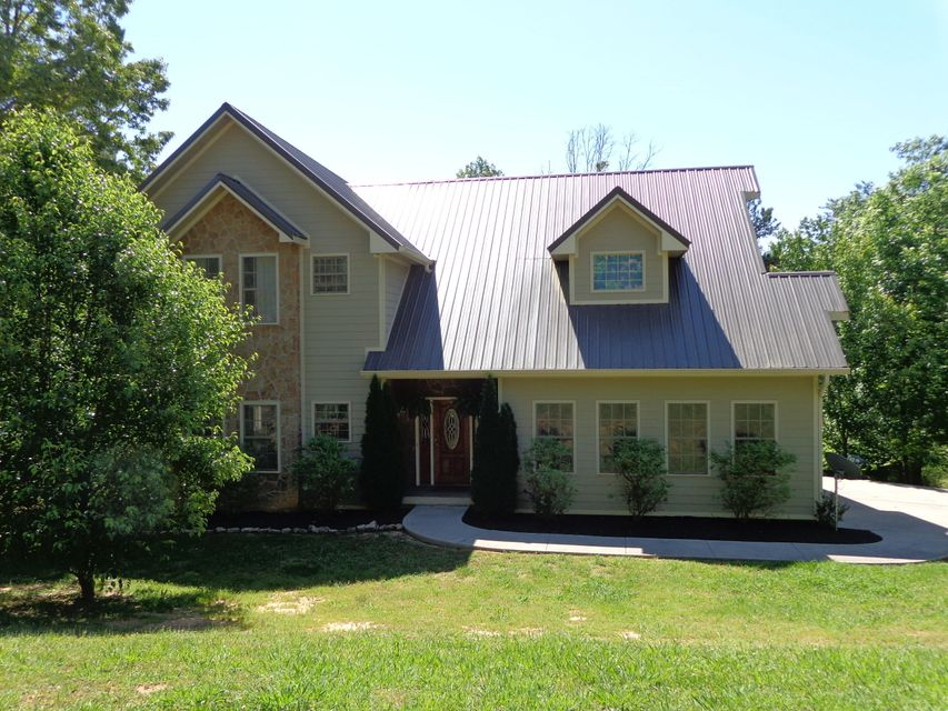 Single Family Home for Sale at 3218 Hillside Place Baneberry, Tennessee 37890 United States