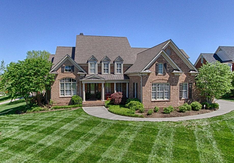 独户住宅 为 销售 在 1503 Lukes Woods Lane 1503 Lukes Woods Lane 诺克斯维尔, 田纳西州 37922 美国