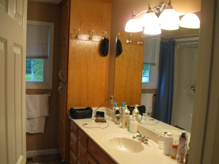 Additional photo for property listing at 1059 Pine Ridge Lane 1059 Pine Ridge Lane Clarkrange, Tennessee 38553 United States